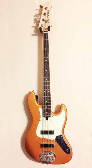Lakland Skyline J-Sonic Gold 4 String Rosewood